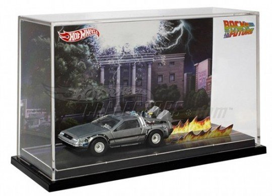 Hot-Wheels-Back-To-The-Future-Delorean