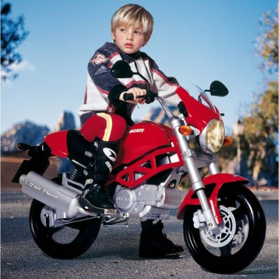 Wheels Up Cost Per Hour >> 12 V Electric Ducati Motorcycle for Kids - GeekExtreme
