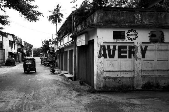 streets-in-sri-lanka