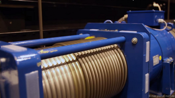 cable-robot-simulator-winch-motorjpg