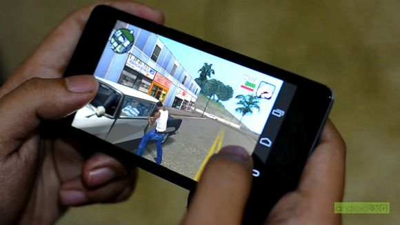 Post image for Are Smartphones Beating Consoles at Their Own Game?