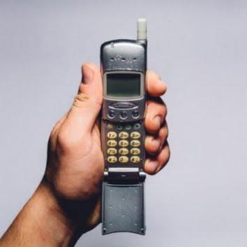 old flipphone cellphone e1517418719343