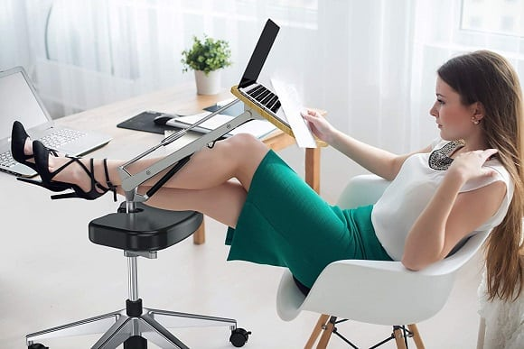 Post image for RoomyRoc Mobile Laptop Desk/Cart/Stand with Adjustable Tabletop and Footrest Computer Table
