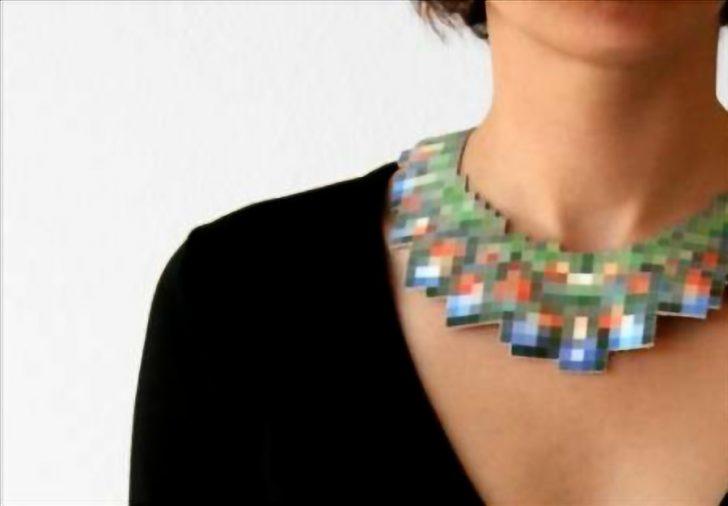 pixelated necklack