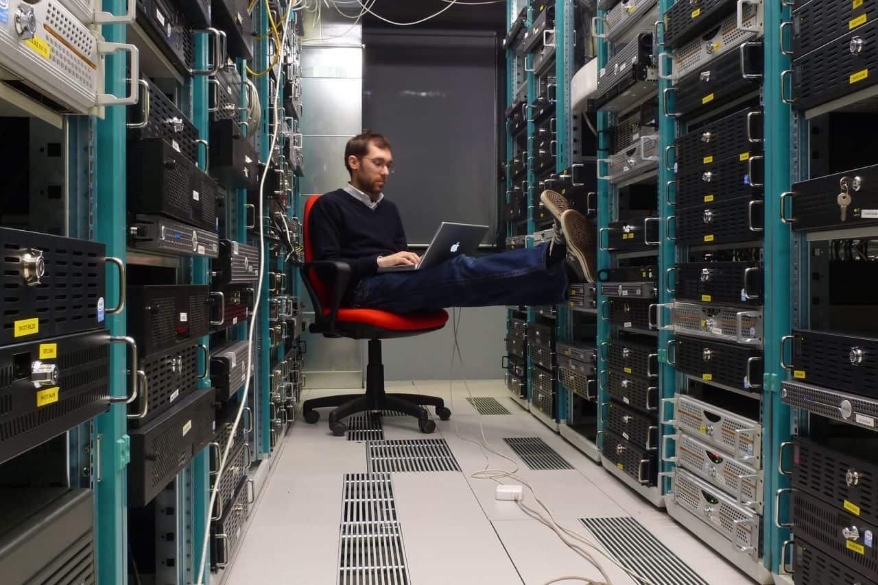 webhosting server rack