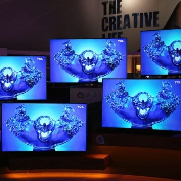 bunch of tcl 4k screens